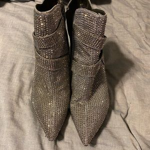 Gianni Bini silver sparkly boots